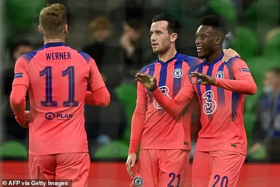 率先入球的赫臣·奧多爾是球會史上第二名未滿 20 歲的歐冠盃入球者,首位是其年輕隊友列斯·占士